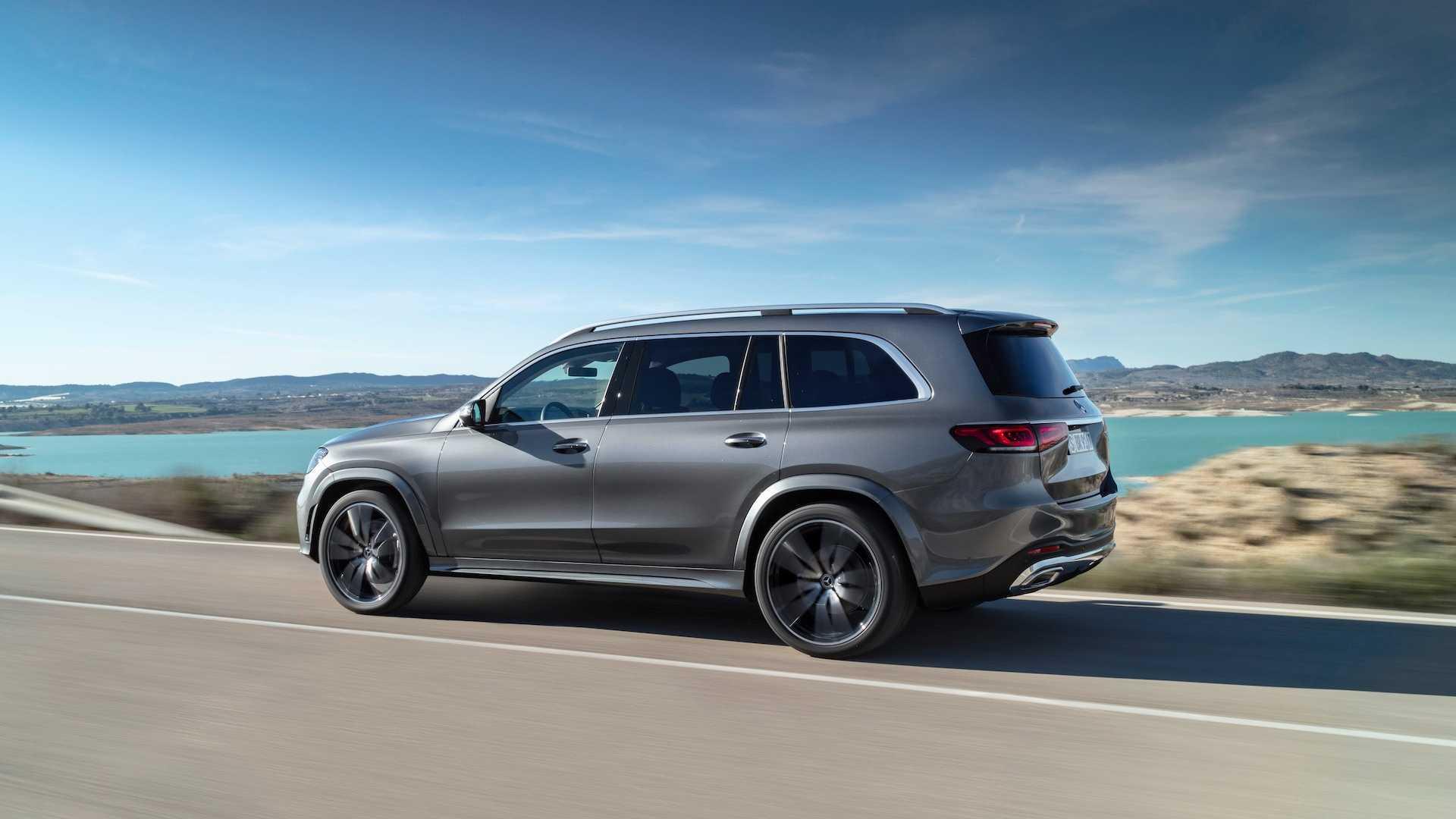 2020 Mercedes-Benz GLS AMG Line (Color: Designo Selenite Grey Metallic) Side Wallpapers (10)