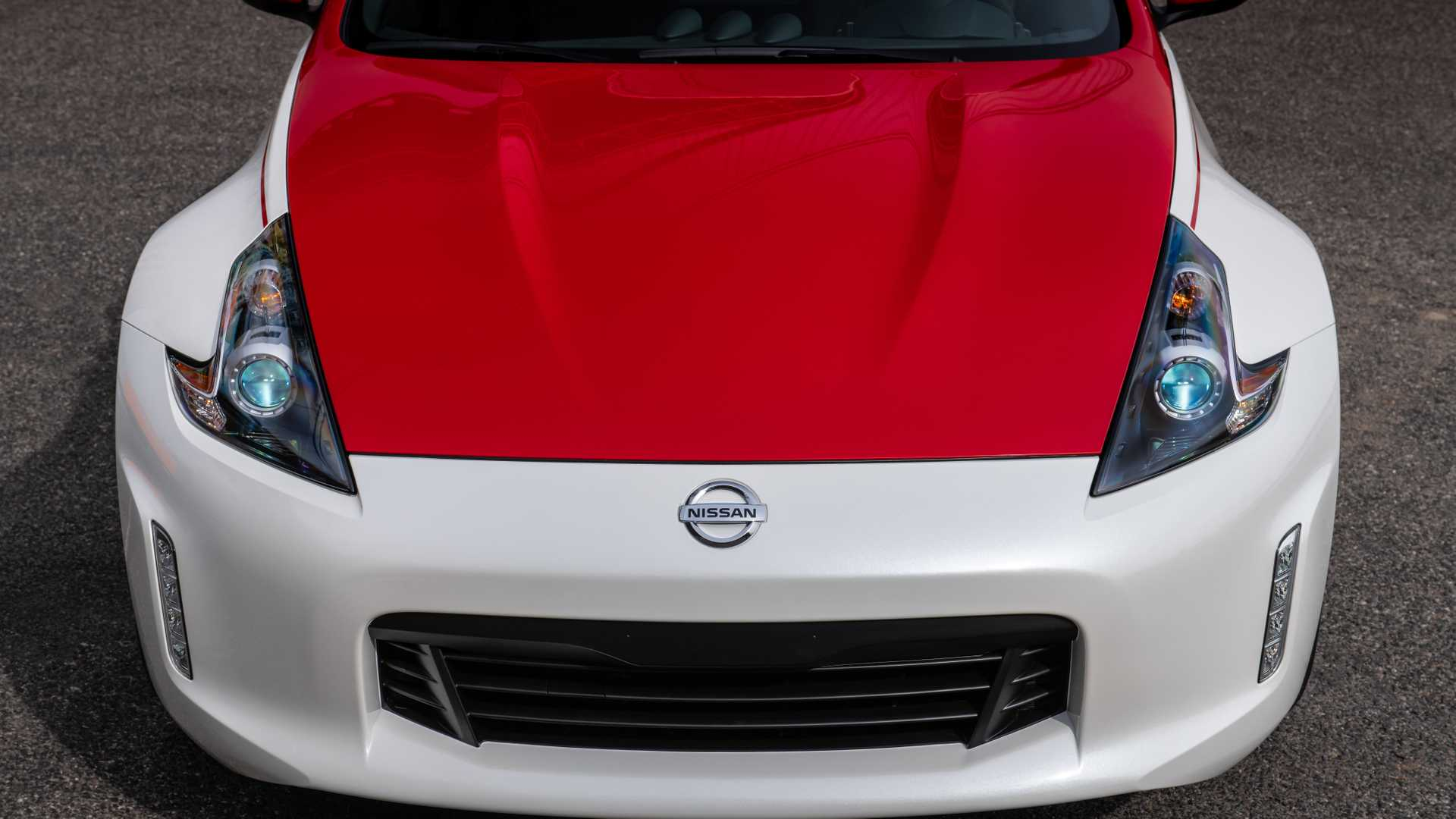 2020 Nissan 370Z 50th Anniversary Edition Hood Wallpapers (10)