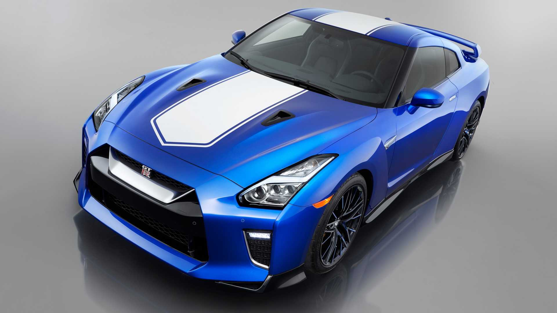 2020 Nissan GT-R 50th Anniversary Edition Front Three-Quarter Wallpapers (12)