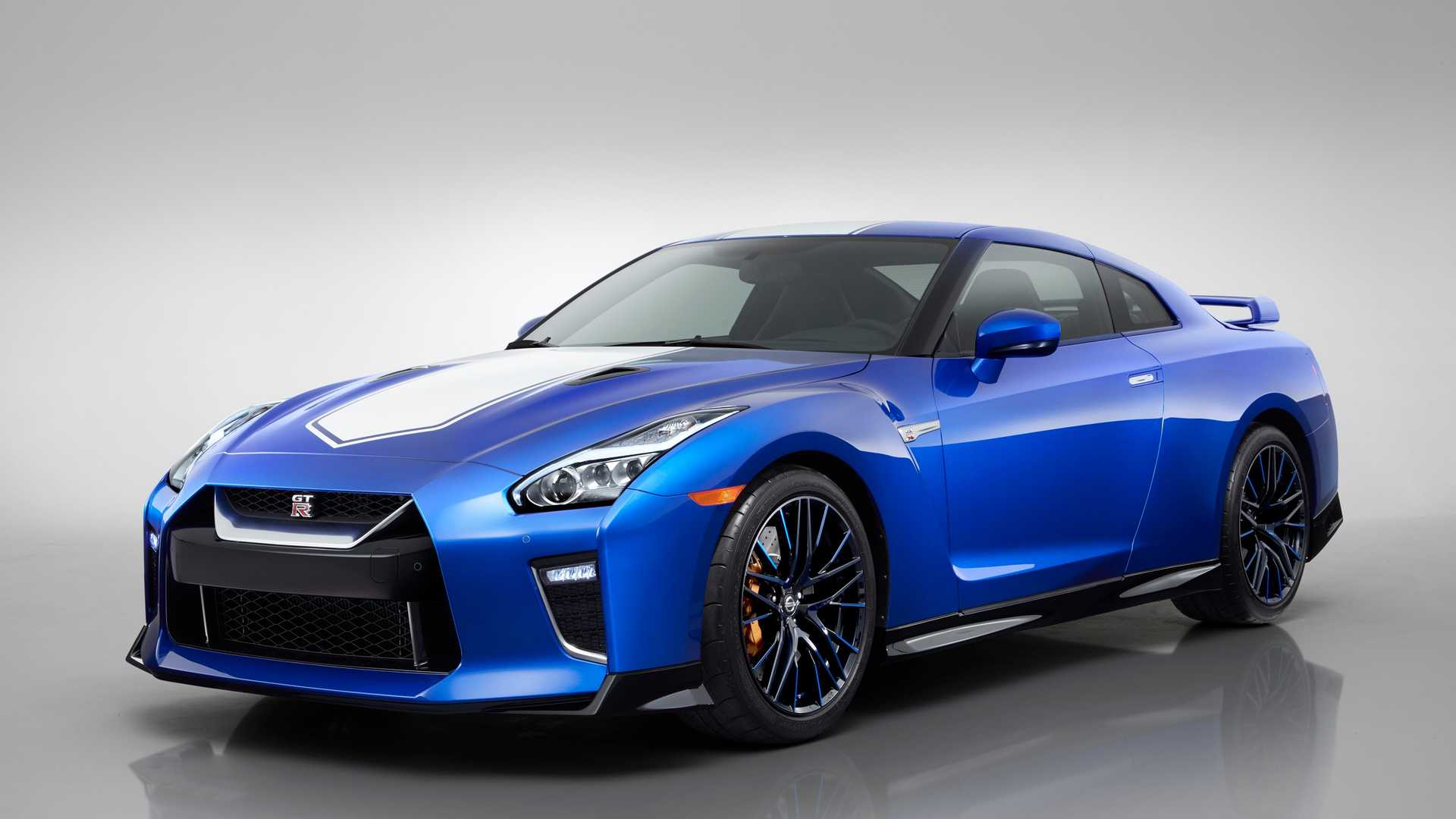 2020 Nissan GT-R 50th Anniversary Edition Front Three-Quarter Wallpapers (13)