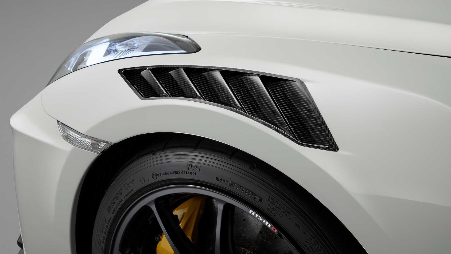2020 Nissan GT-R NISMO Detail Wallpaper (13)