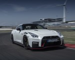 2020 Nissan GT-R NISMO Front Three-Quarter Wallpapers 150x120 (2)