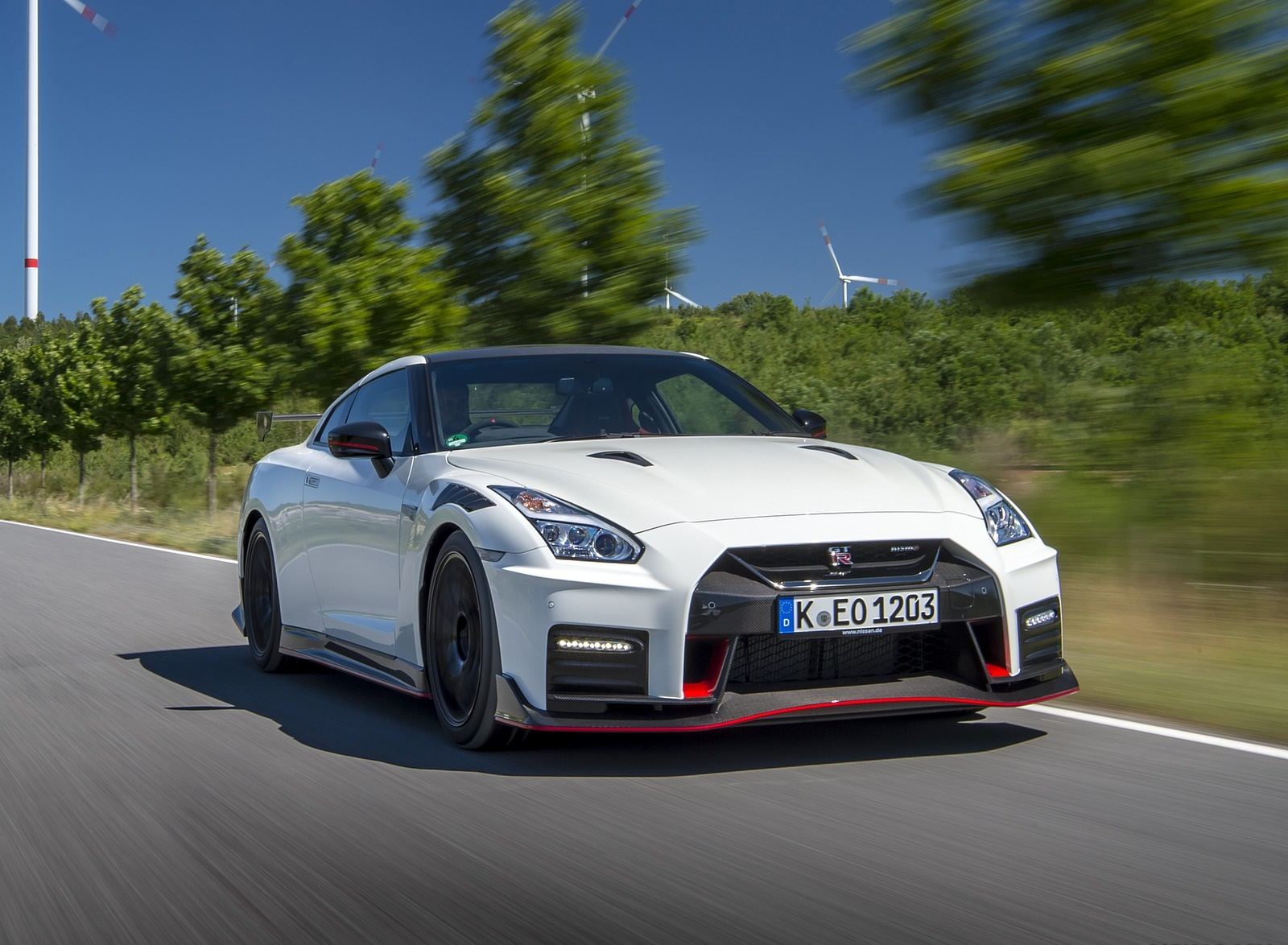 2020 Nissan GT-R NISMO Front Three-Quarter Wallpapers (4)