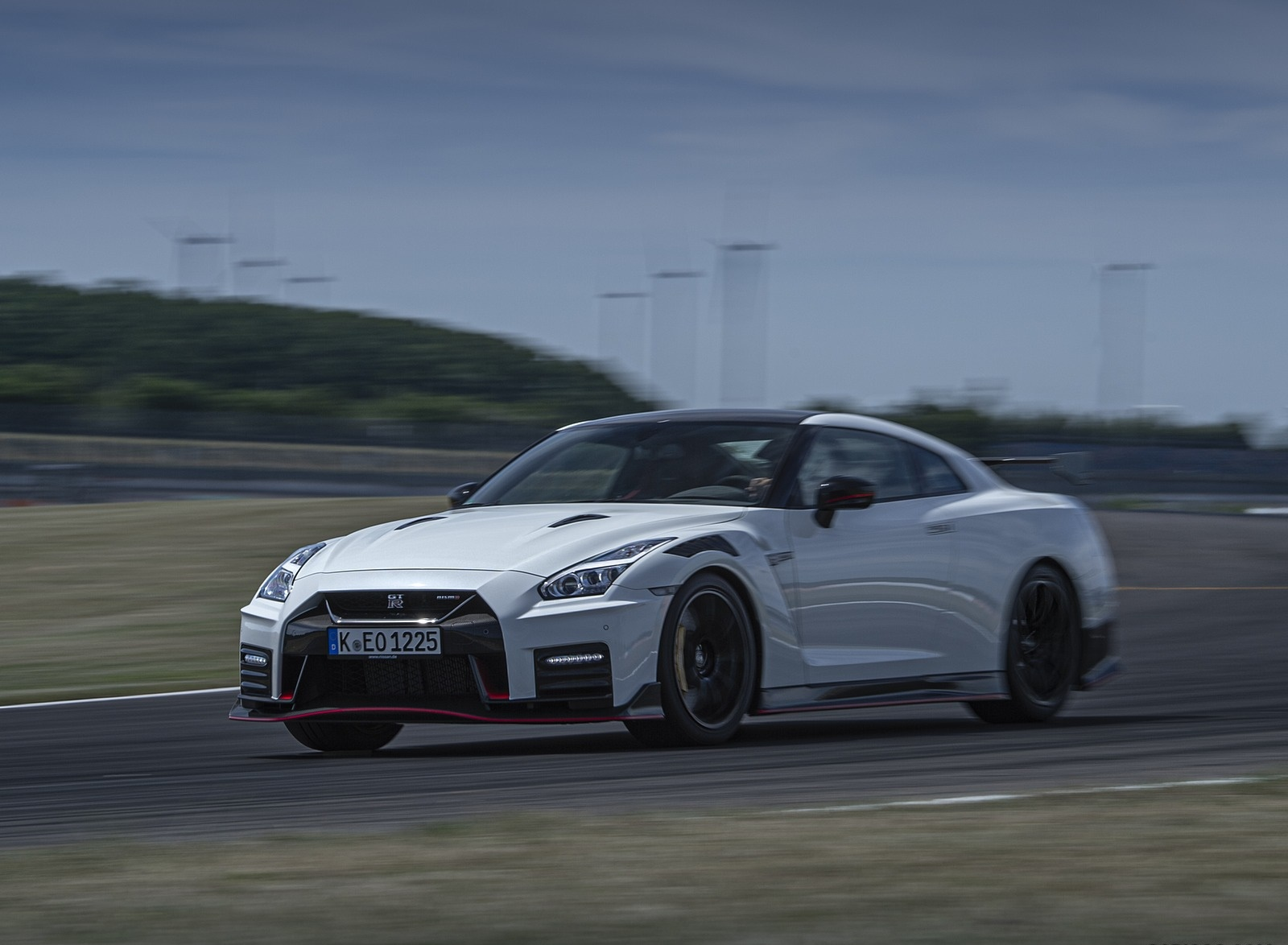 2020 Nissan GT-R NISMO Front Three-Quarter Wallpapers (15)