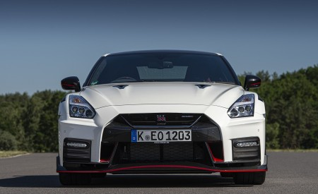 2020 Nissan GT-R NISMO Front Wallpapers 450x275 (29)