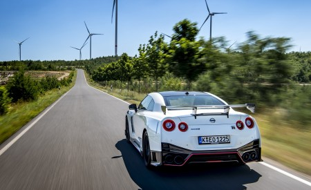 2020 Nissan GT-R NISMO Rear Wallpapers 450x275 (9)