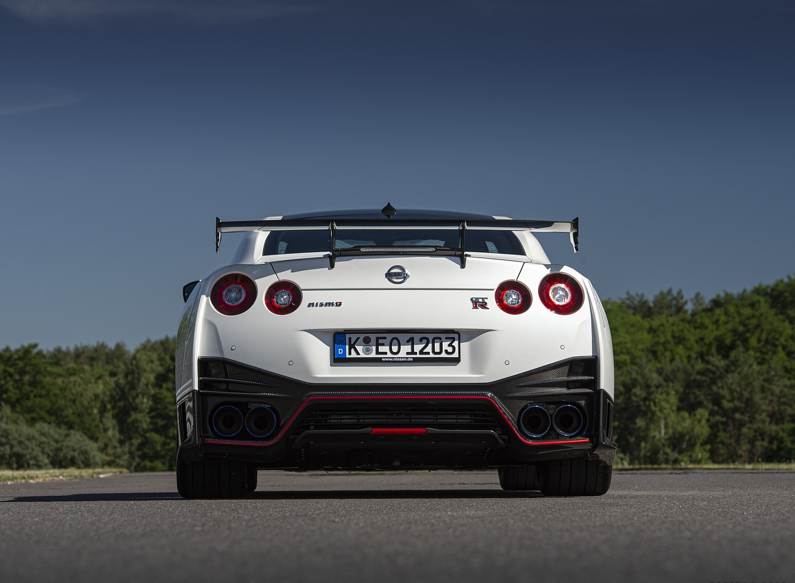 2020 Nissan GT-R NISMO Rear Wallpapers #32 of 90