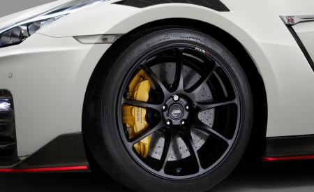 2020 Nissan GT-R NISMO Wheel Wallpapers 450x275 (72)