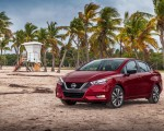 2020 Nissan Versa Front Three-Quarter Wallpapers 150x120 (46)