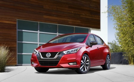 2020 Nissan Versa Wallpapers