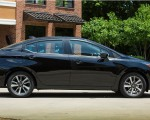 2020 Nissan Versa Side Wallpapers 150x120 (30)