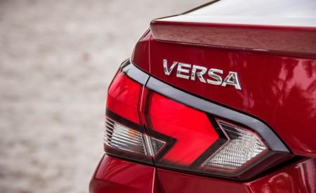 2020 Nissan Versa Tail Light Wallpaper 450x275 (13)