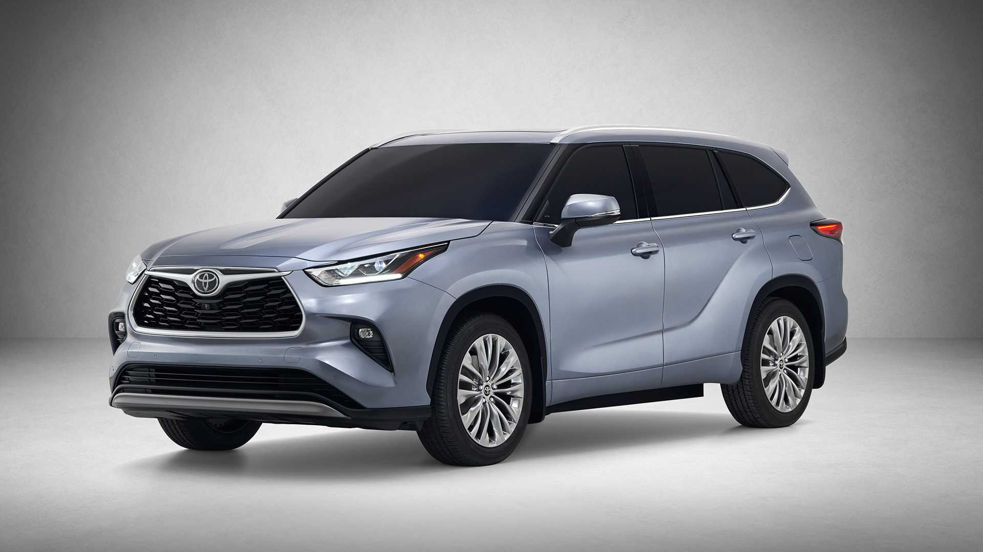 2020 Toyota Highlander Front Three-Quarter Wallpapers (1)