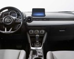 2020 Toyota Yaris Hatchback Interior Wallpapers 150x120 (11)
