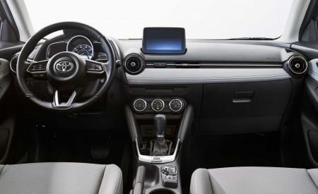 2020 Toyota Yaris Hatchback Interior Wallpapers 450x275 (11)