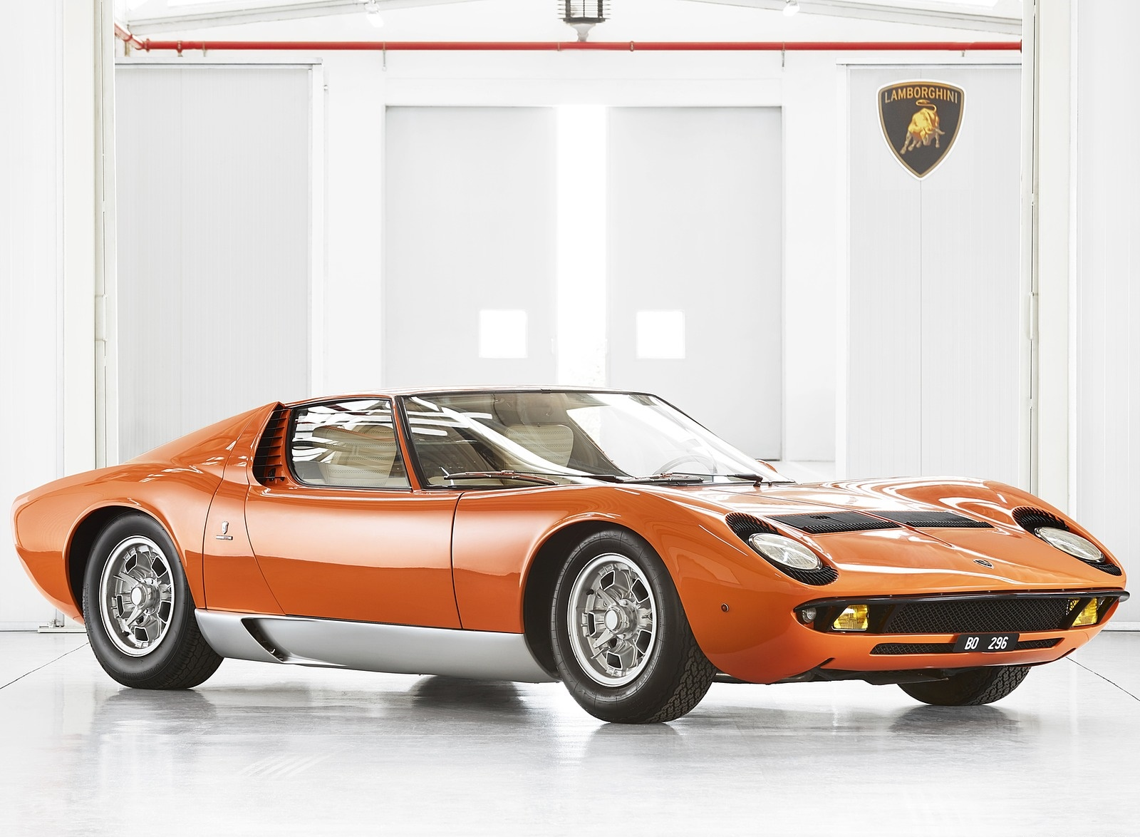 1969 Lamborghini Miura P400 Front Three-Quarter Wallpapers (1)