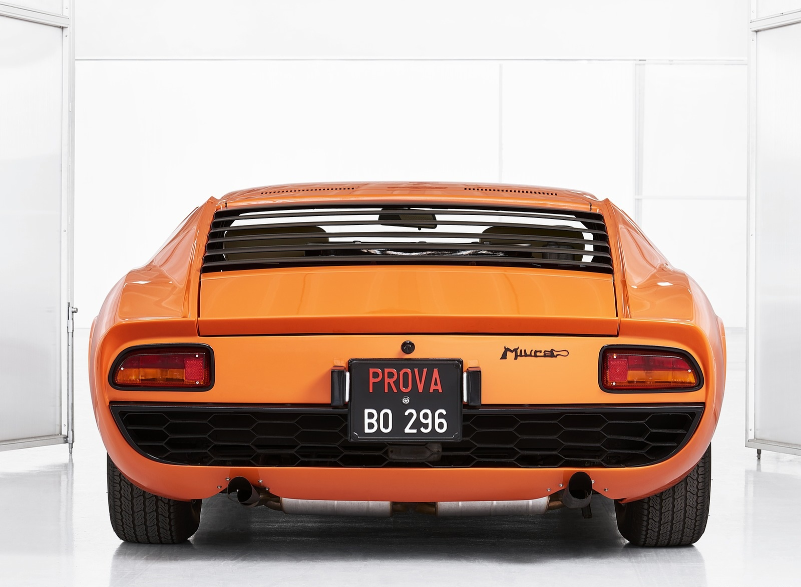 1969 Lamborghini Miura P400 Rear Wallpapers (4)