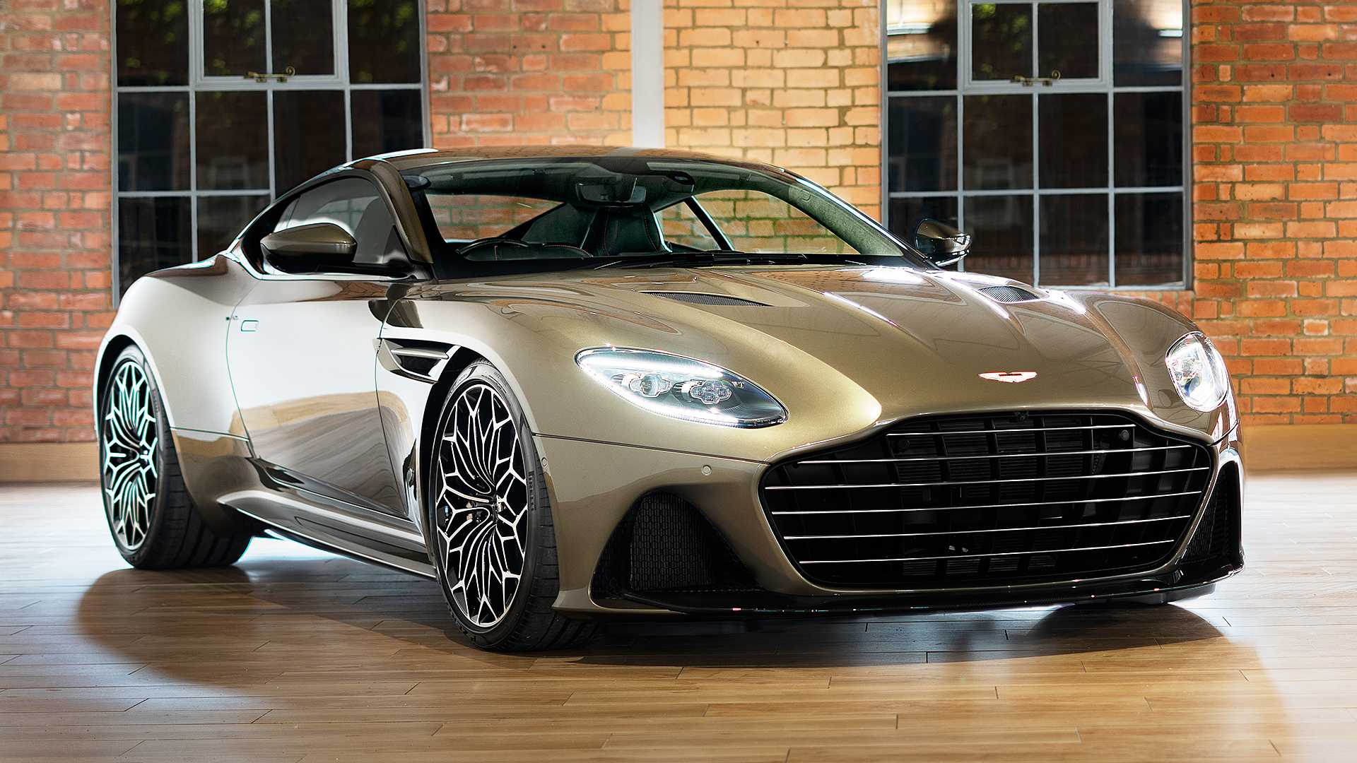 2019 Aston Martin DBS Superleggera On Her Majesty's Secret Service Front Three-Quarter Wallpapers (3)