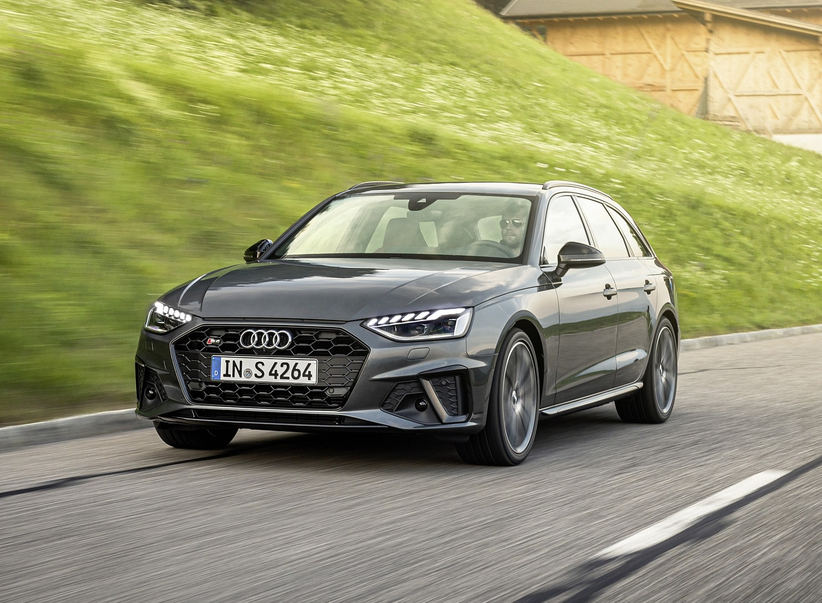2019 Audi S4 Avant TDI (Color: Daytona Gray) Front Three-Quarter Wallpapers (2)