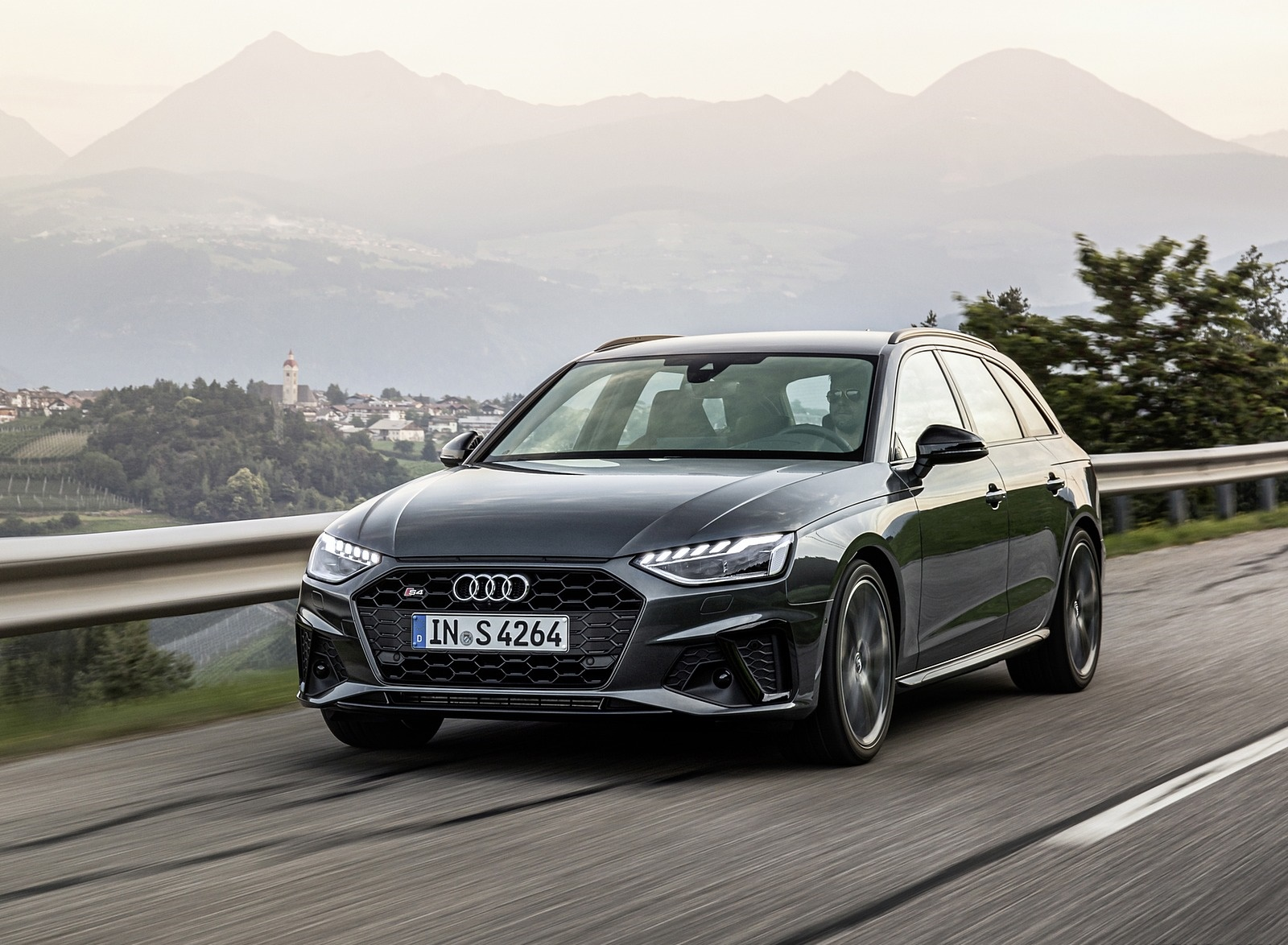 2019 Audi S4 Avant TDI (Color: Daytona Gray) Front Three-Quarter Wallpapers (1)