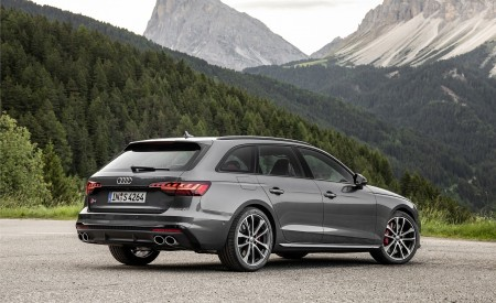 2019 Audi S4 Avant TDI (Color: Daytona Gray) Rear Three-Quarter Wallpapers 450x275 (12)