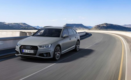 2019 Audi S4 Avant TDI (Color: Quantum Gray) Front Three-Quarter Wallpapers 450x275 (21)