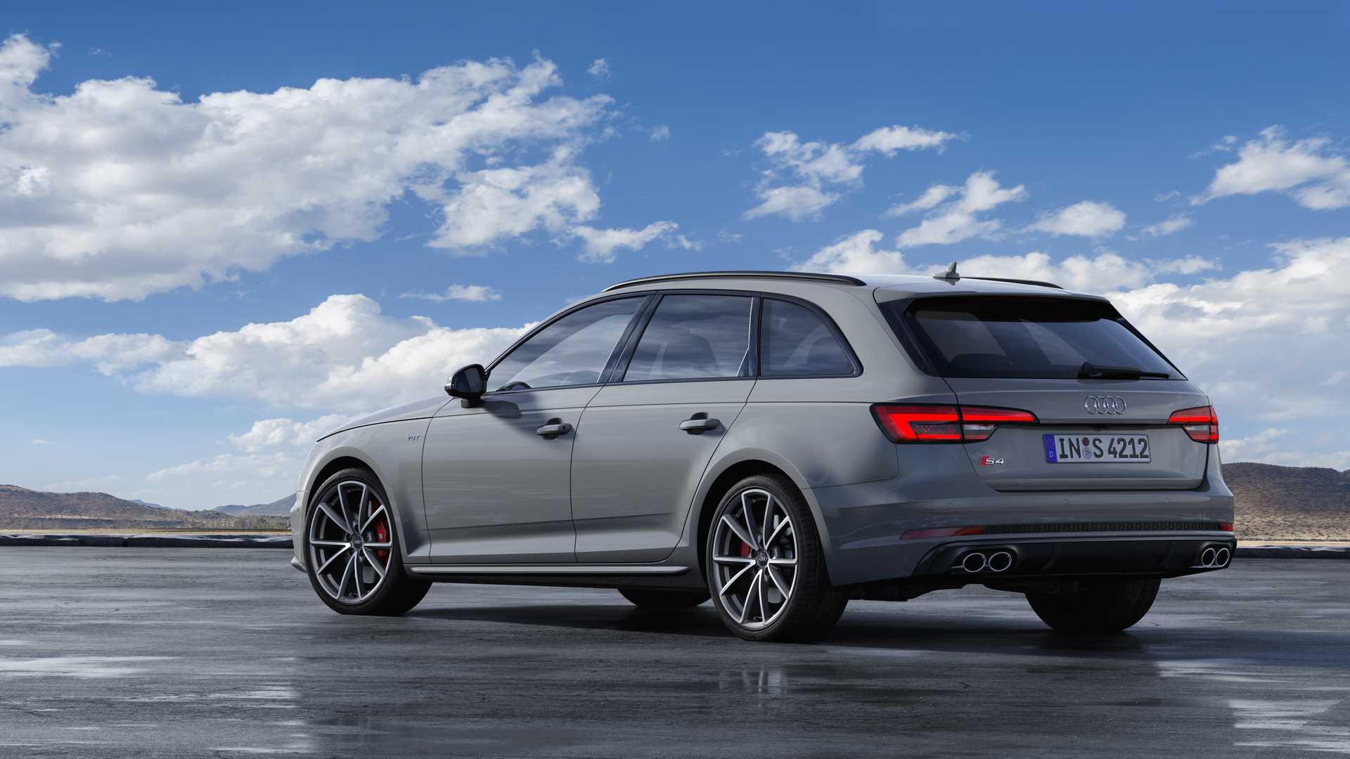 2019 Audi S4 Avant TDI (Color: Quantum Gray) Rear Three-Quarter Wallpapers (8)