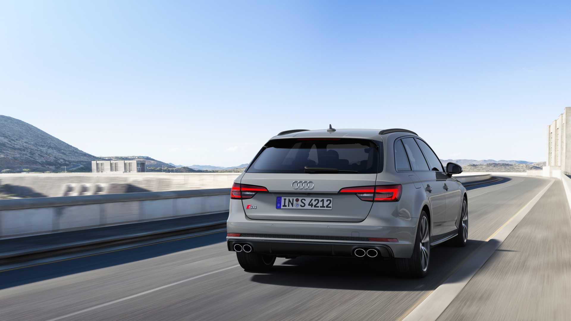 2019 Audi S4 Avant TDI (Color: Quantum Gray) Rear Wallpapers (4)