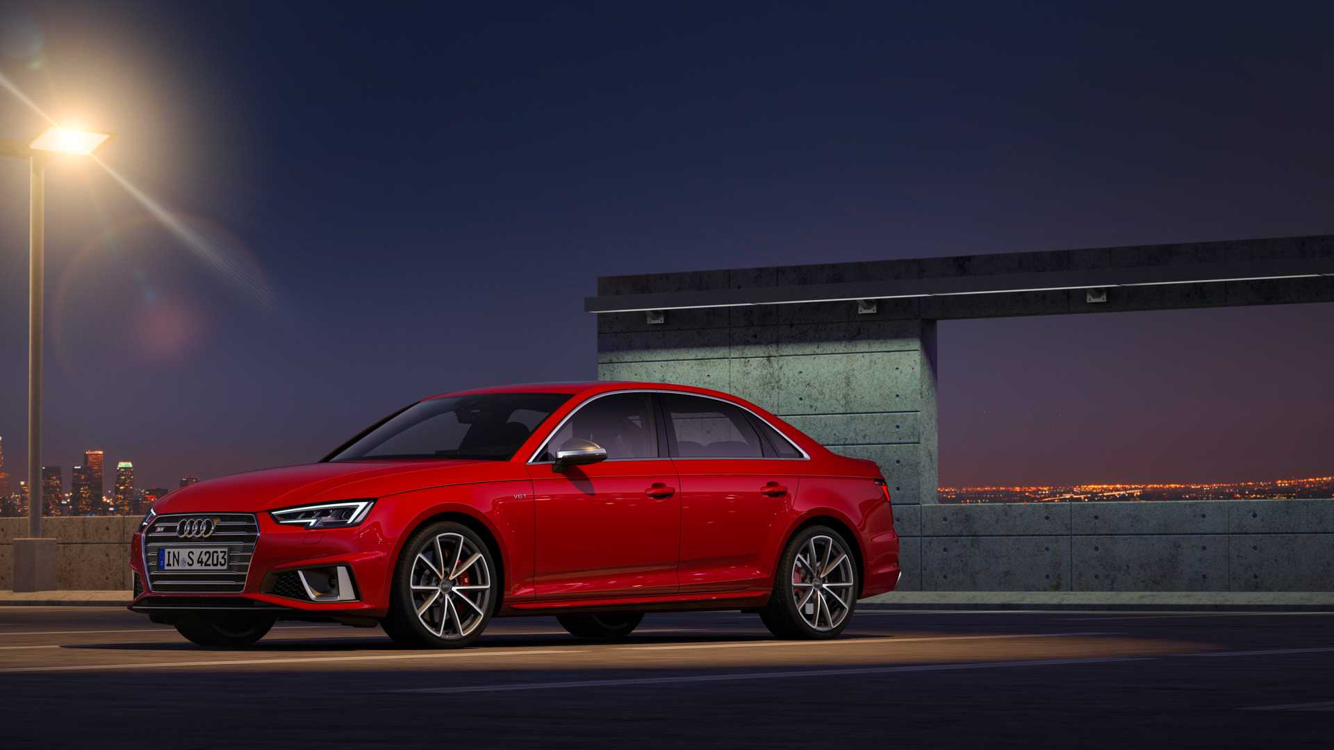 2019 Audi S4 Sedan TDI (Color: Misano Red) Front Three-Quarter Wallpapers (11)