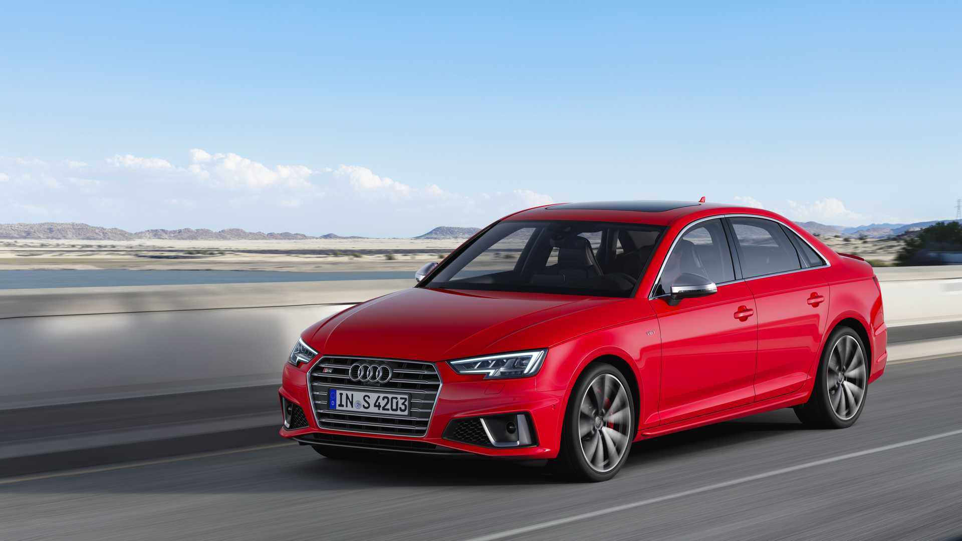 2019 Audi S4 Sedan TDI (Color: Misano Red) Front Three-Quarter Wallpapers (1)