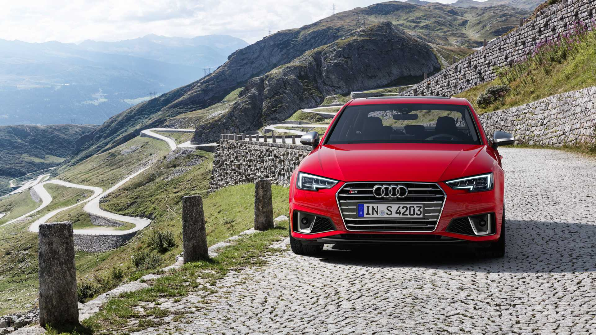 2019 Audi S4 Sedan TDI (Color: Misano Red) Front Wallpapers (7)