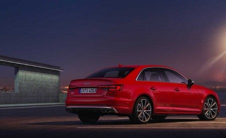 2019 Audi S4 Sedan TDI (Color: Misano Red) Rear Three-Quarter Wallpapers 450x275 (36)