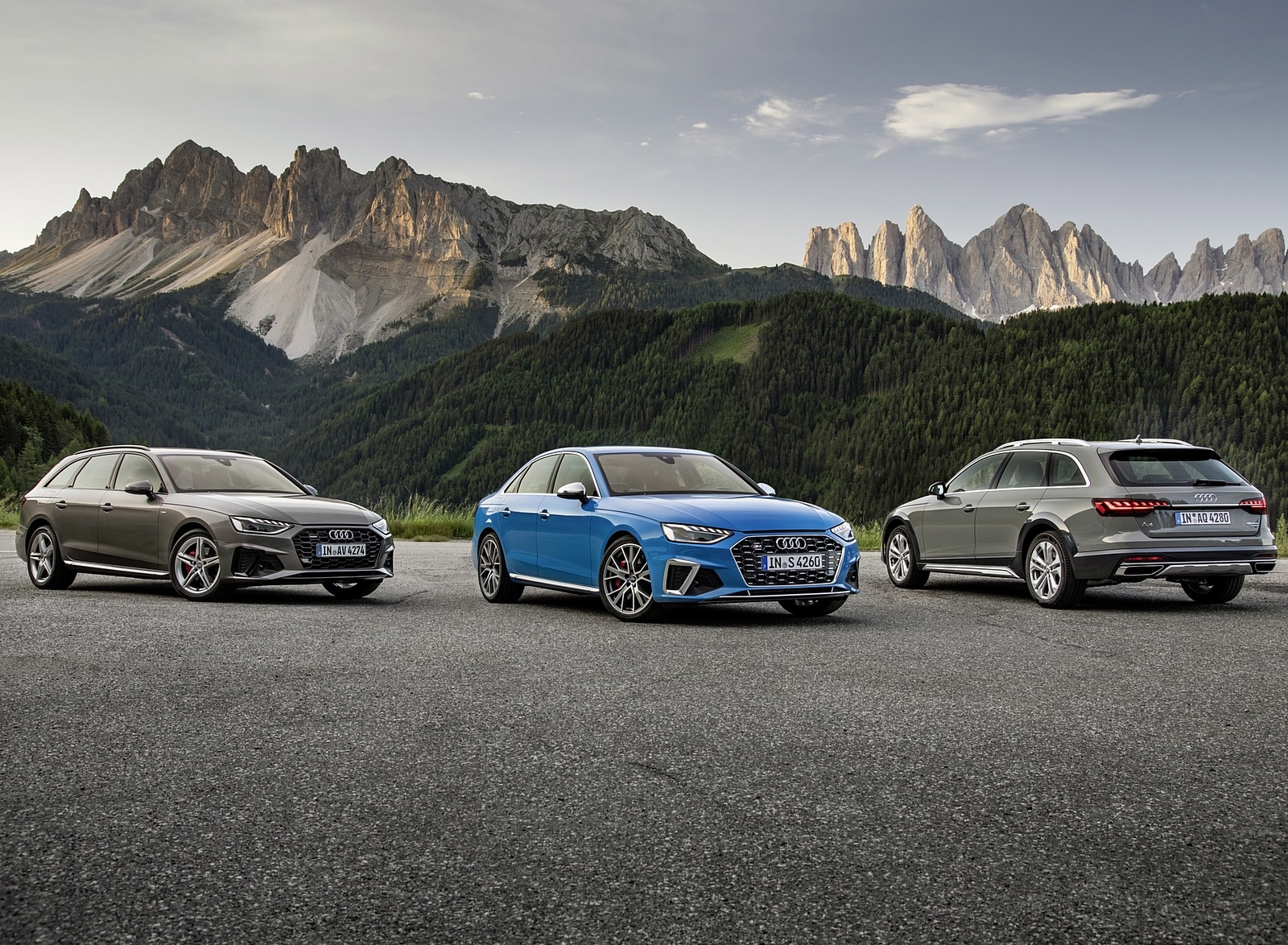 2019 Audi S4 TDI and A4 or S4 Family Wallpapers (14)