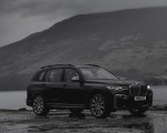 2019 BMW X7 M50d (UK-Spec) Front Three-Quarter Wallpapers 150x120 (18)