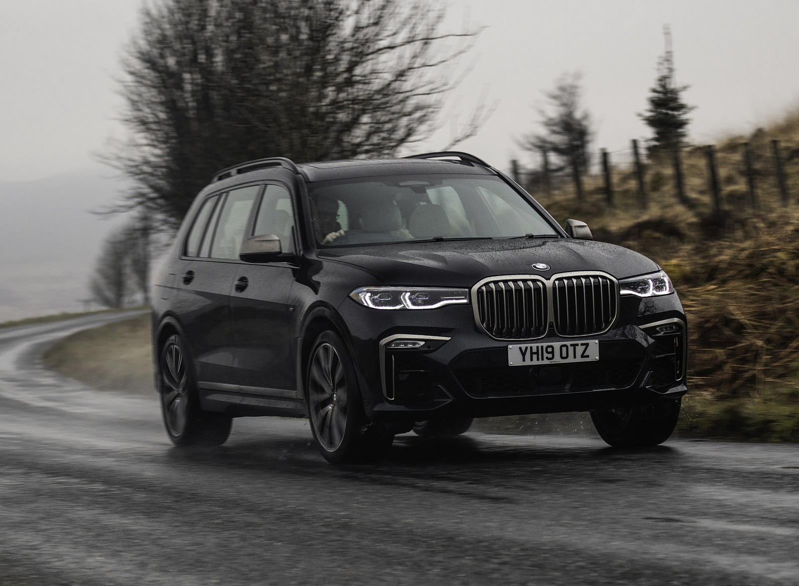 2019 Bmw X7 Uk Spec Wallpapers 103 Hd Images Newcarcars