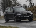 2019 BMW X7 M50d (UK-Spec) Front Three-Quarter Wallpapers 150x120 (4)