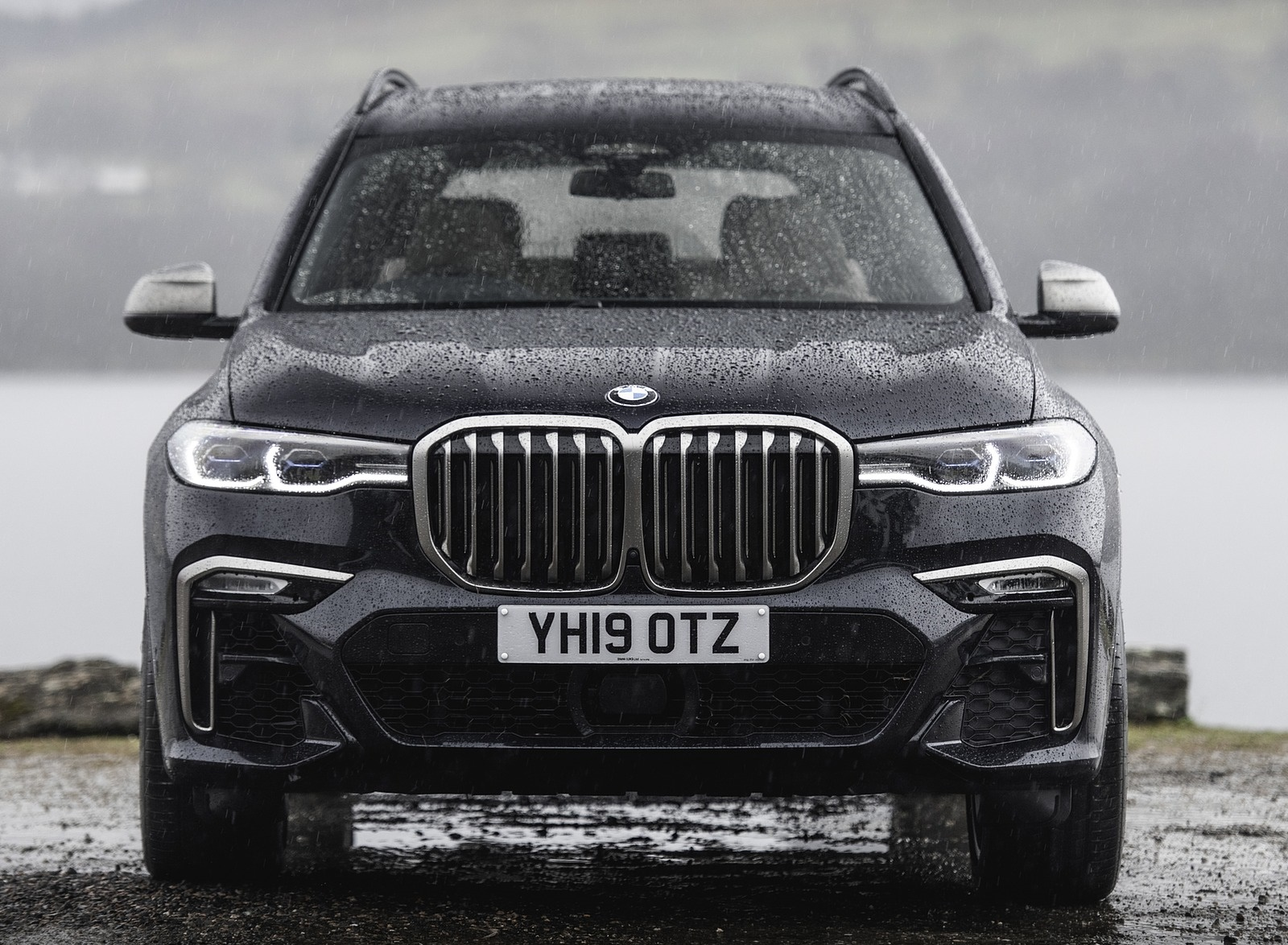 2019 Bmw X7 M50d Uk Spec Front Wallpapers 19 Newcarcars
