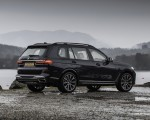 2019 BMW X7 M50d (UK-Spec) Rear Three-Quarter Wallpapers 150x120 (20)