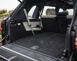 2019 BMW X7 M50d (UK-Spec) Trunk Wallpapers 150x120 (48)
