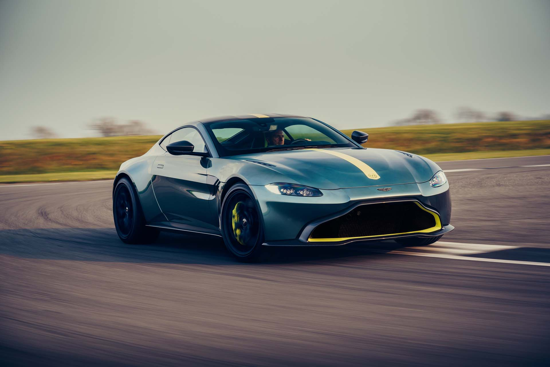 2020 Aston Martin Vantage AMR Front Three-Quarter Wallpapers (2)