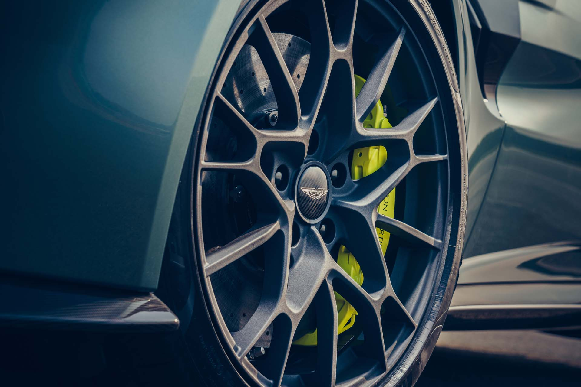2020 Aston Martin Vantage AMR Wheel Wallpapers (10)