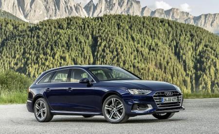 2020 Audi A4 Avant (Color: Navarra Blue) Front Three-Quarter Wallpapers 450x275 (39)