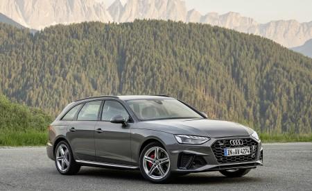 2020 Audi A4 Avant (Color: Terra Gray) Front Three-Quarter Wallpapers 450x275 (8)