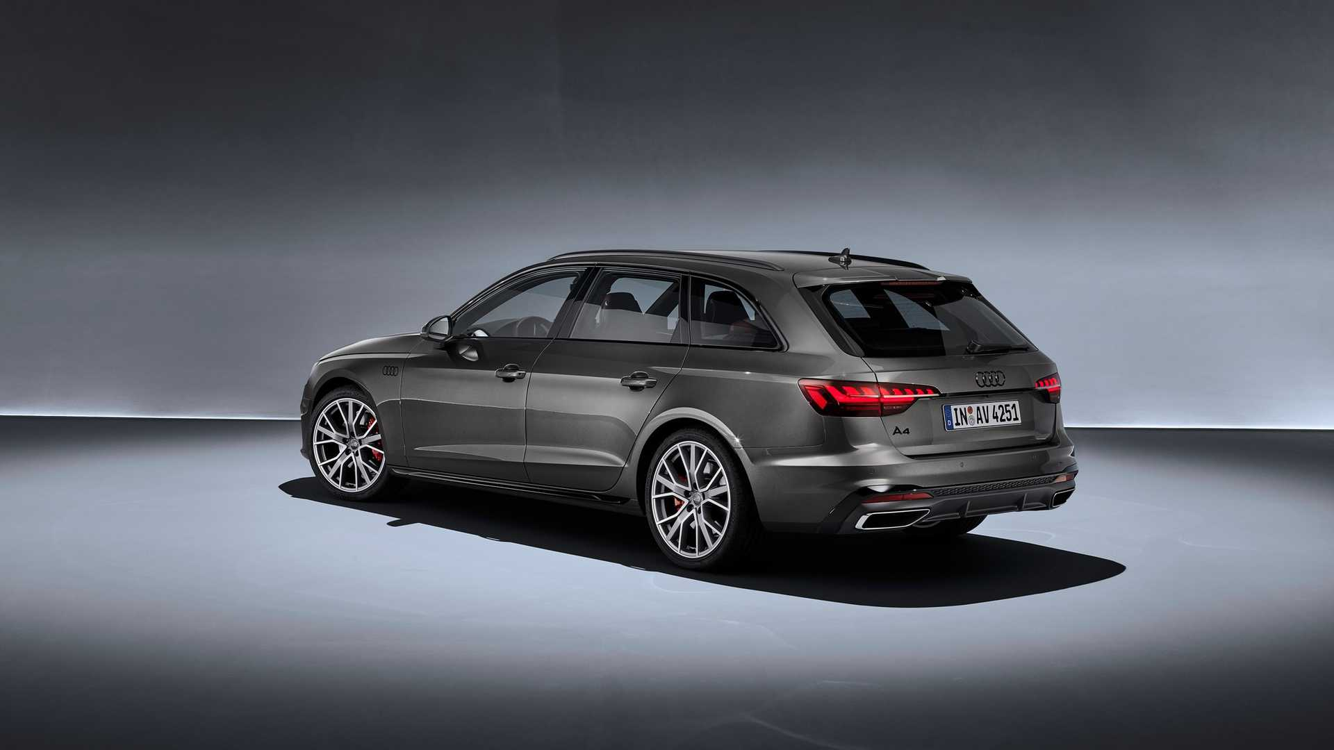 2020 Audi A4 Avant (Color: Terra Gray) Rear Three-Quarter Wallpapers (10)