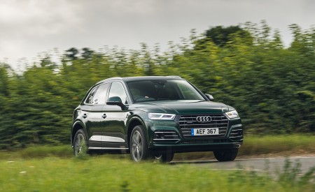 2020 Audi Q5 55 TFSI e Plug-In Hybrid Front Three-Quarter Wallpapers 450x275 (83)