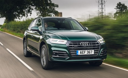 2020 Audi Q5 55 TFSI e Plug-In Hybrid Front Three-Quarter Wallpapers 450x275 (64)