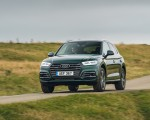 2020 Audi Q5 55 TFSI e Plug-In Hybrid Front Three-Quarter Wallpapers 150x120