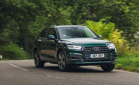 2020 Audi Q5 55 TFSI e Plug-In Hybrid Front Three-Quarter Wallpapers 450x275 (80)