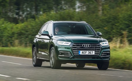 2020 Audi Q5 55 TFSI e Plug-In Hybrid Front Three-Quarter Wallpapers 450x275 (79)