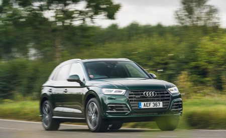2020 Audi Q5 55 TFSI e Plug-In Hybrid Front Three-Quarter Wallpapers 450x275 (78)